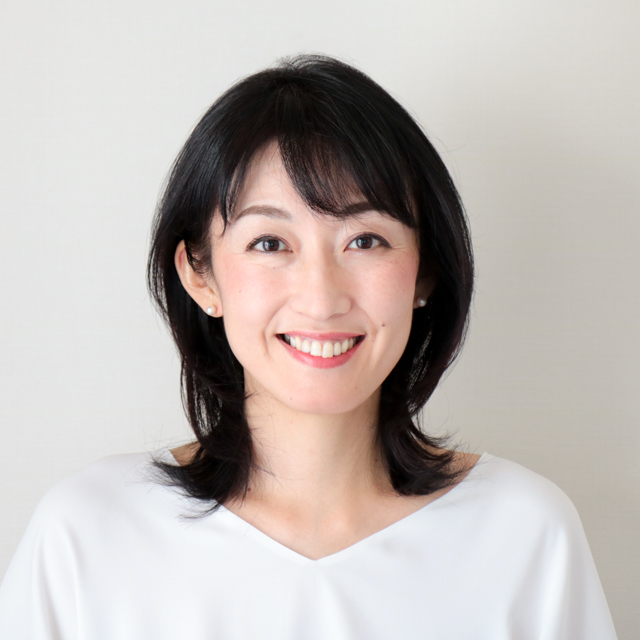 会田 麻実子